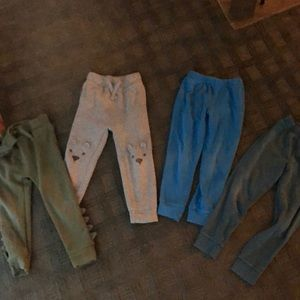 Set of 4 sweatpants